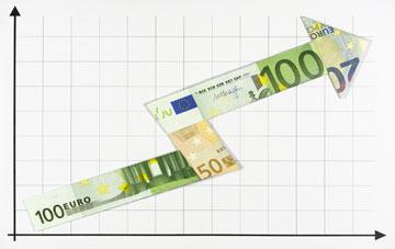 Pfeil aus Euro-Scheinen