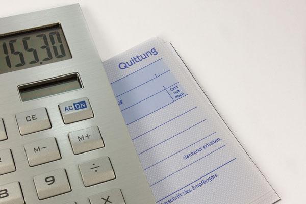 Taschenrechner mit Quittungsblock